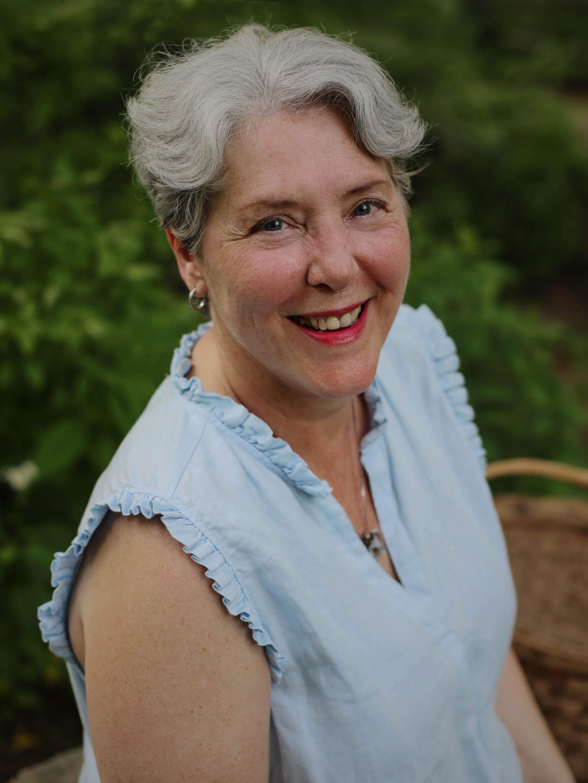 Ann H Howell